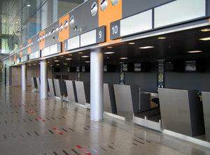airportterminal.jpg